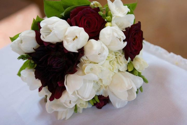 Red and White Roses Bridal Floral Arrangement